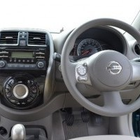 Micra Active  Steering Covers Grey Ivory