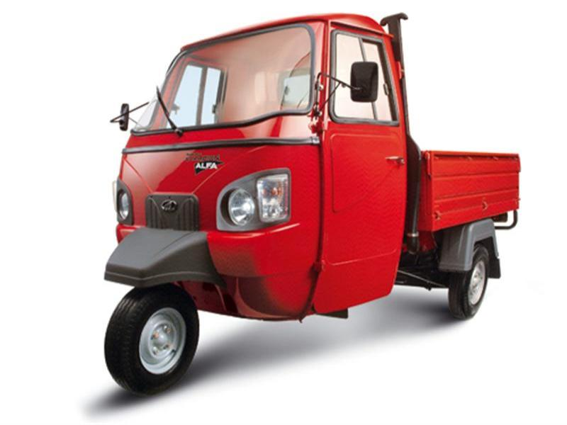 Mahindra Champion Load Diesel Goods Delivery