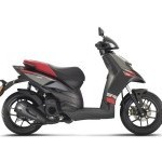 Aprilia Sr 125 Side View