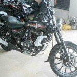 Bajaj Avenger Street Spy Picture Side View