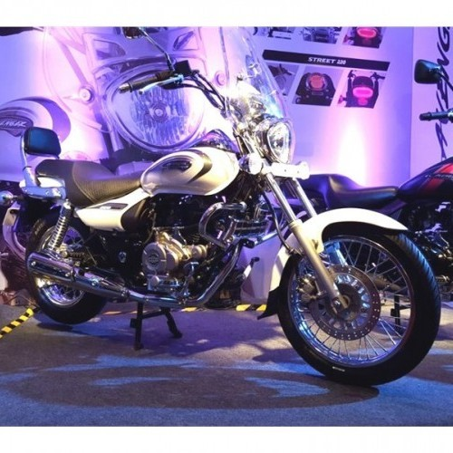 Bajaj Avenger 220 New 2018 Side View