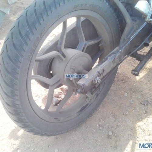 Bajaj Pulsar 150ns Spied Swing Arm