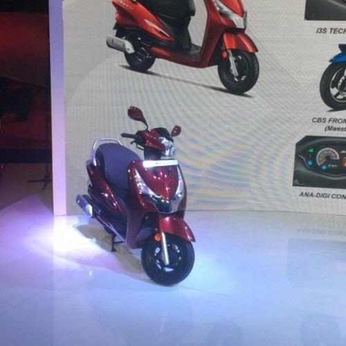 Hero Maestro Edge 125cc Front View