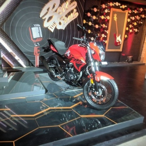 Xtreme 200R Red Color