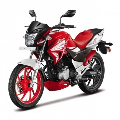Hero Xtreme 200s Front Quarter View