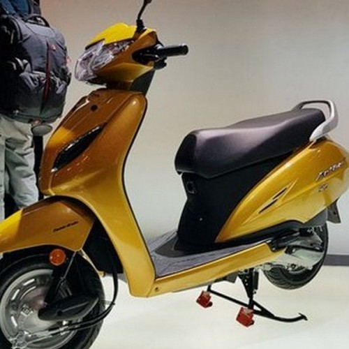 Honda Activa 5g Side View