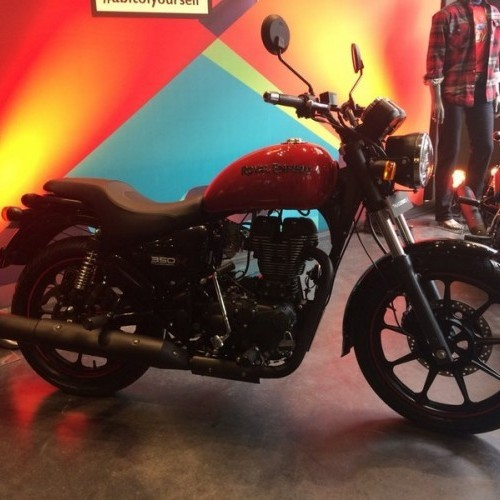 Royal Enfield Thunderbird 350 Red Color