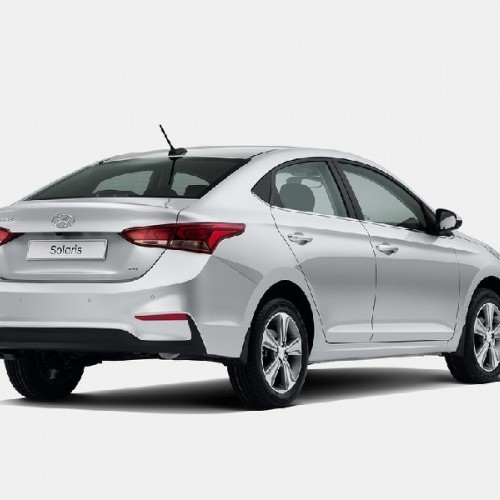 Hyundai Verna 2017 Rear Quarter View