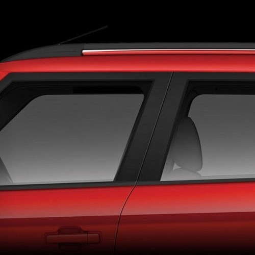 Mahindra Tuv 300 Style Swept Back B Pillar Stylish Roof Rails