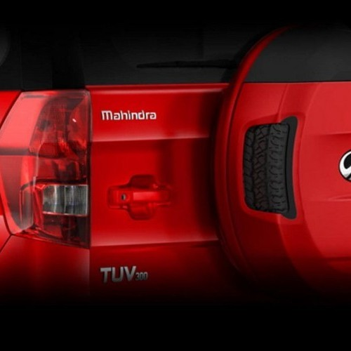 Mahindra Tuv 300 Style Tailgate Mounted Spare Wheel Large Wraparound Tail Lamps