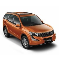 Mahindra XUV500 W9 AT Picture
