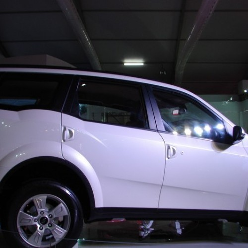 Mahindra XUV500 Hybrid Price, Review, Pictures