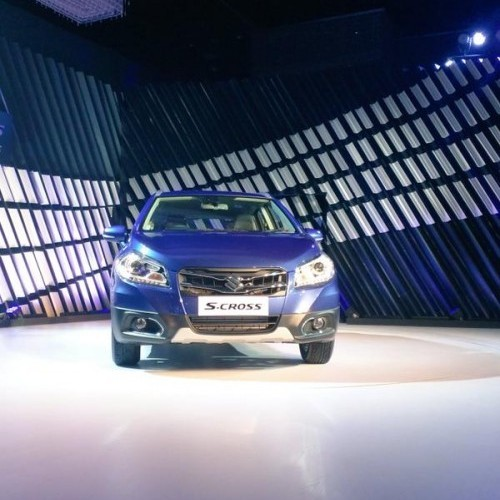 Maruti Scross Launch Picture Blue Full Front