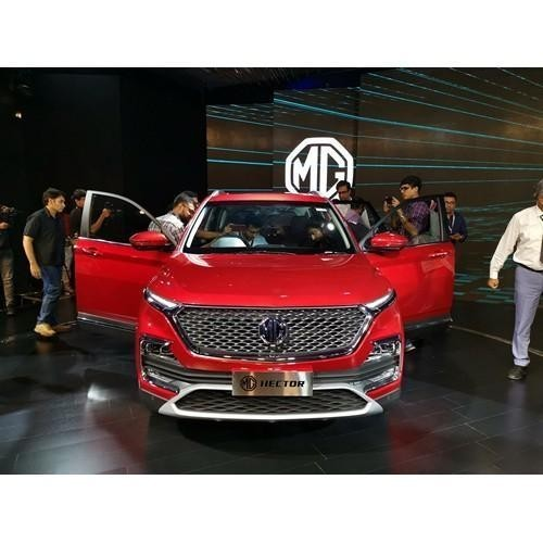 Mg Hector Launching Stills Front View