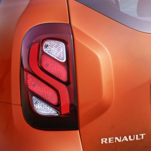 2016 Renault Duster Tail Lamp New