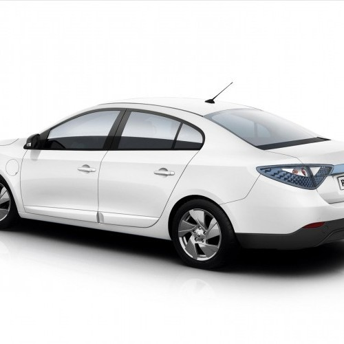 Renault Fluence 2011 Price, Review, Pictures