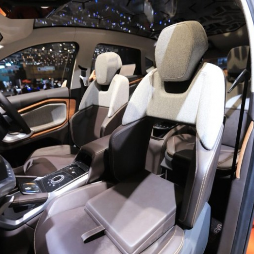 Hsx Interior Frontseat View