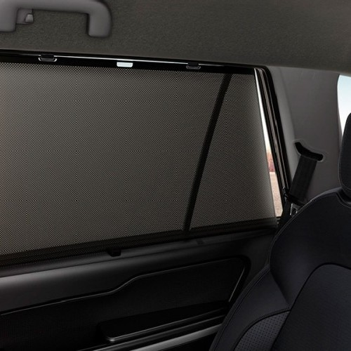 Tata Hexa Retractable Window Sunblind