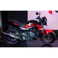 Hero Xtreme 200r Black And Red Color