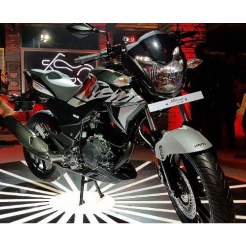 Hero Xtreme 200r Black Color