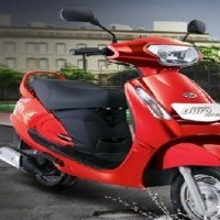Mahindra Duro Colour Derby Red