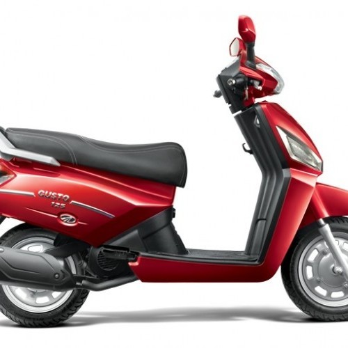 Mahindra Gusto 125 Color Red