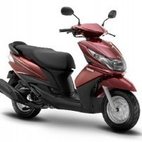 Yamaha Ray Colour Burgundy