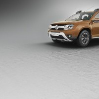 2016 Renault Duster Colour Woodland Brown