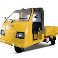 Mahindra Champion Passenger Cng Colour Yellow