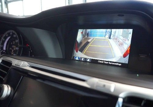 Rear View Camera with Display on IRVM