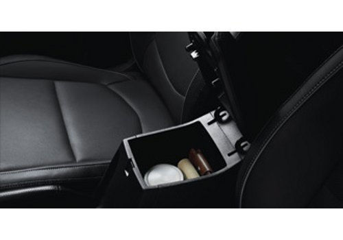 Storage box in Front Console armrest