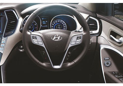 Steering wheel with mounted Audio & Bluetooth
