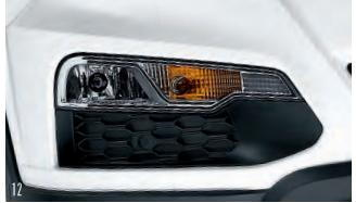 Fog lamps with integrated turn indicators