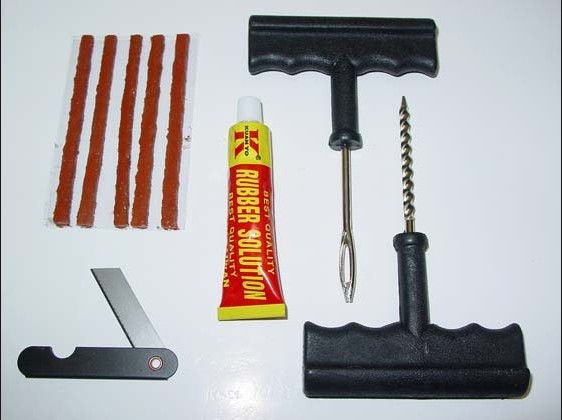 Alto 800  Tube Less Tyre Repair Kit