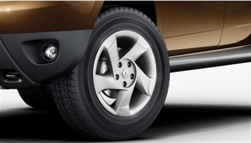 Duster  Alloy Wheels