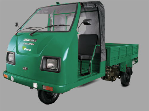 Mahindra Champion Load Diesel Colour Green