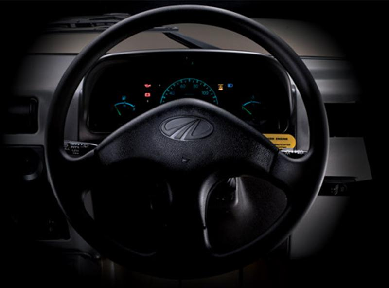 Bolero Maxi Truck Interior Steering Wheel