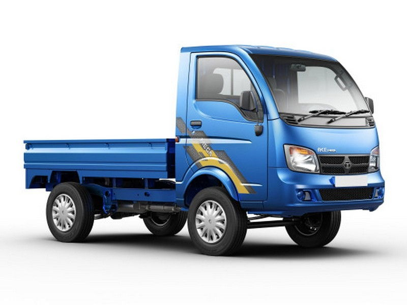 Tata Ace Mega Exterior Side View