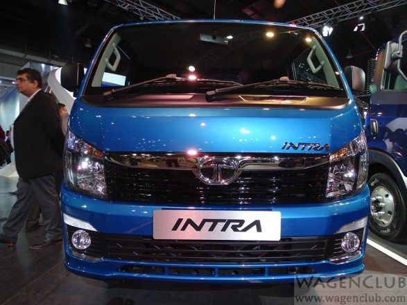 Tata Intra Front View